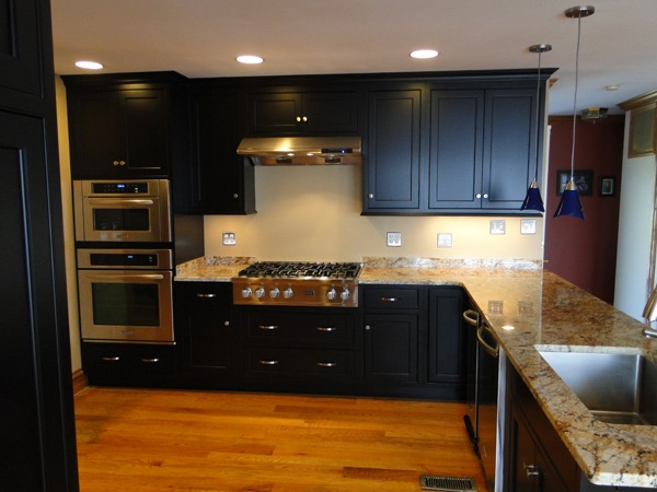 Kitchen Remodel White Thermofoil To Black Lacquer With